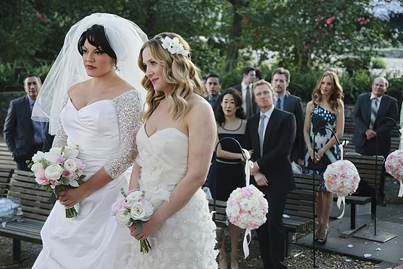 Сериальные невесты и их букеты. Часть 9.